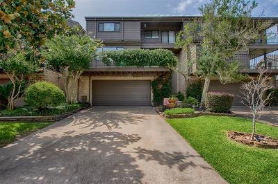 Nassau Bay Condo/Townhouse For Sale: 2746 Lighthouse Drive