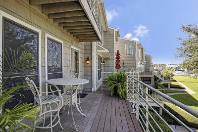 Seabrook Condo/Townhouse For Sale: 2 Lakewood Lane