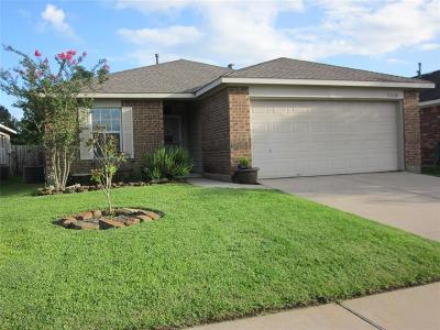 Humble TX Single Family Home For Sale: $165,800