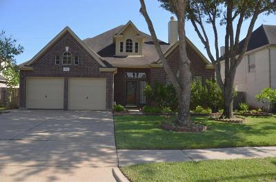 Sugar Land Single Family Home For Sale: 2211 Thistlerock Lane