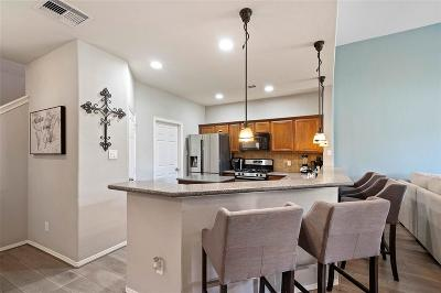 Spring Condo/Townhouse For Sale: 8532 Sunset Loch Drive