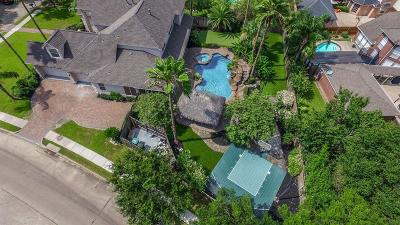 Houston Single Family Home For Sale: 1911 Whittington Court N