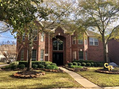 Cypress Single Family Home For Sale: 15922 Lake Loop Drive