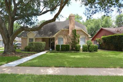 Missouri City Single Family Home For Sale: 2923 Cherry Hills