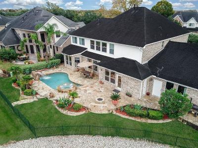 Sugar Land Single Family Home For Sale: 13110 Cameron Crest Lane