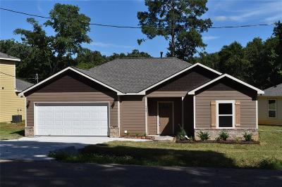 Single Family Home For Sale: 6487 Bonanza