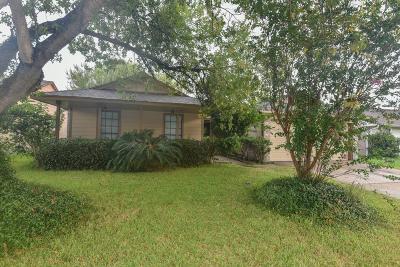 La Porte TX Single Family Home For Sale: $139,000