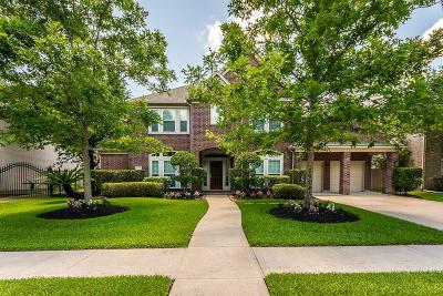 Pearland Single Family Home Pending: 2630 Landera Court
