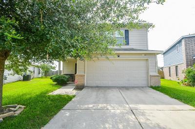 Cypress Single Family Home Option Pending: 7902 Yaupon View Drive