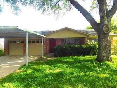 Deer Park Single Family Home For Sale: 813 N Kaufman Drive
