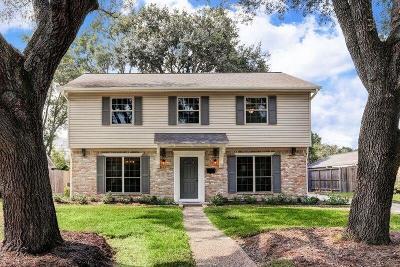 Houston TX Single Family Home For Sale: $499,998