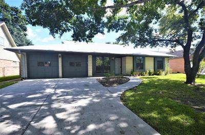 League City Single Family Home For Sale: 2022 Williamsburg Court N