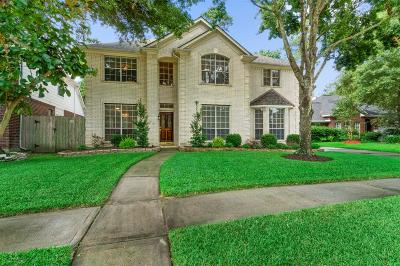 Tomball Single Family Home For Sale: 11819 Lakegrove Bend