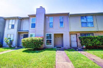 Houston Condo/Townhouse For Sale: 11685 Alief Clodine Road #6