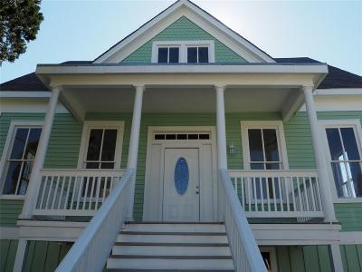 Galveston Rental For Rent: 1917 Avenue M 1/2 Top #2
