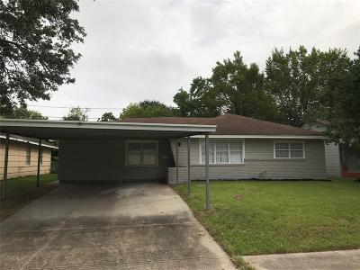 Pasadena Single Family Home For Sale: 1711 Beusch Drive