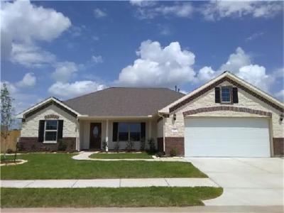 Sealy Single Family Home For Sale: 610 Dogwood Court