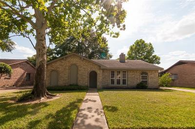 Katy Single Family Home For Sale: 922 Park Meadow Drive