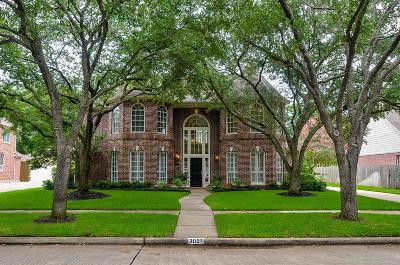 Sugar Land Single Family Home For Sale: 3027 Silent Spring Drive