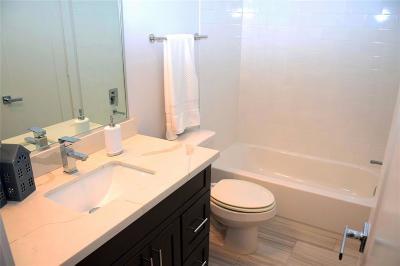 Houston Single Family Home For Sale: 620 Roy