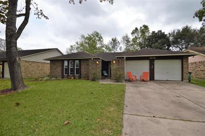 Friendswood Single Family Home For Sale: 2415 Tall Ships Drive