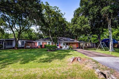 League City TX Single Family Home For Sale: $190,000
