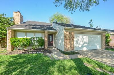 Richmond Single Family Home For Sale: 2427 Country Place Drive