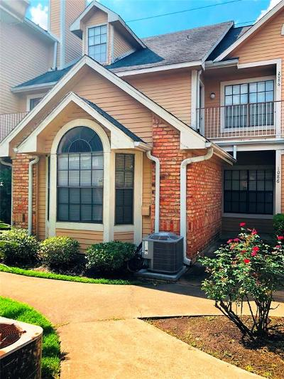 Houston Condo/Townhouse For Sale: 2300 Old Spanish Trail #1086