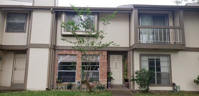 Houston TX Condo/Townhouse For Sale: $105,000