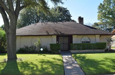 Houston Single Family Home For Sale: 9215 Sandstone Street