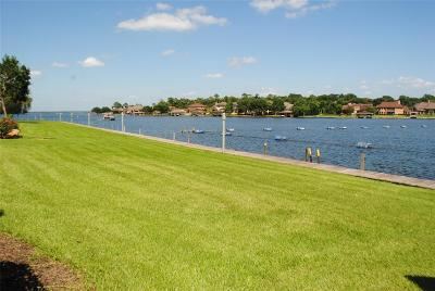 Conroe Condo/Townhouse For Sale: 64 April Point Drive S