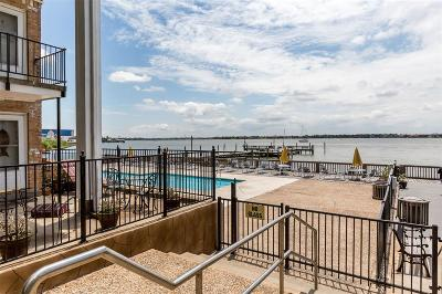 Seabrook Condo/Townhouse For Sale: 3535 E Nasa Parkway #14
