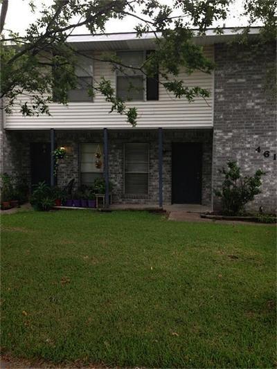 Pearland Multi Family Home Pending: 4609 Orange Circle N