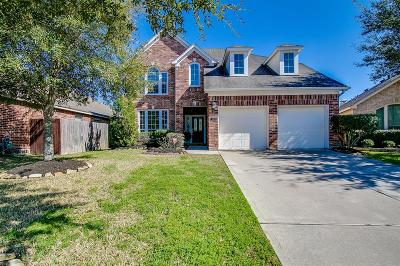 Pearland Single Family Home For Sale: 2803 Highland Lake Court
