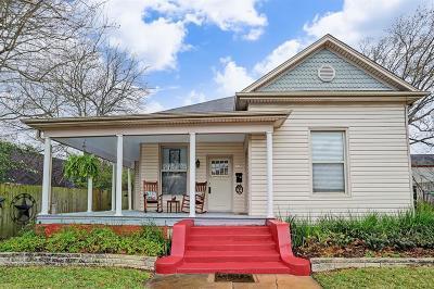 Brenham Single Family Home For Sale: 800 S Market Street