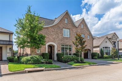 Sugar Land Single Family Home For Sale: 15426 Oyster Creek Lane