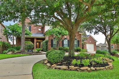 Spring Single Family Home For Sale: 1515 Robins Forest Drive