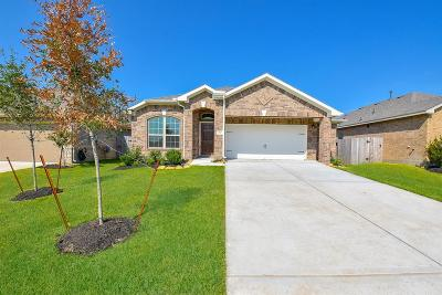 La Marque Single Family Home For Sale: 330 Morning Cypress Lane