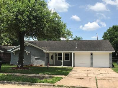 Houston Single Family Home For Sale: 10222 Quiet Valley Lane