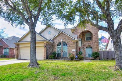 Pasadena Single Family Home For Sale: 5122 Silver Oak Drive