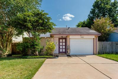 Cypress Single Family Home For Sale: 19927 Sutton Falls Drive