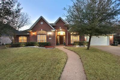 College Station Single Family Home For Sale: 8305 Wildewood Circle