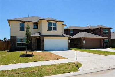 Fresno Single Family Home For Sale: 2106 Bravos Manor
