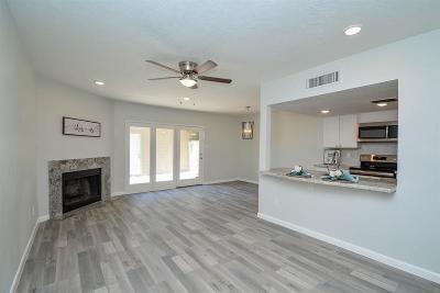 Memorial Condo/Townhouse For Sale: 978 Memorial Village Drive