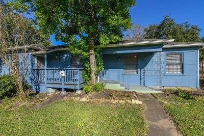 Texas City Single Family Home For Sale: 802 17th Avenue N