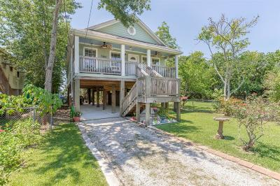 Clear Lake Single Family Home For Sale: 815 Cedar Road