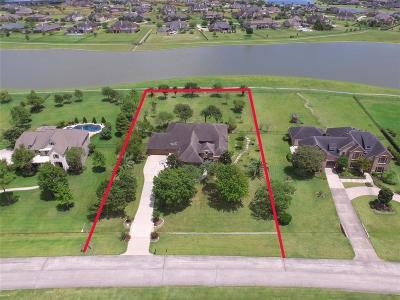 League City Single Family Home For Sale: 1852 Lake Landing Drive