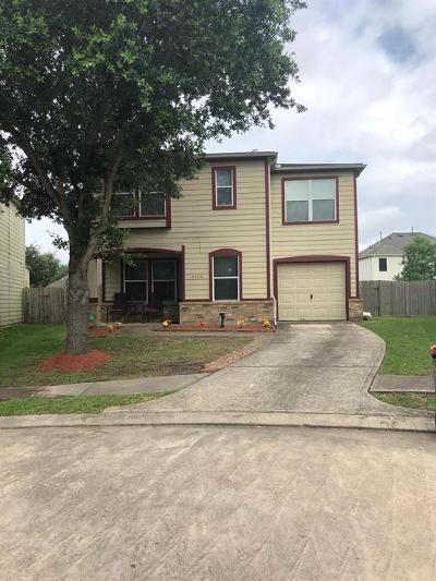 Fresno TX Single Family Home For Sale: $173,500