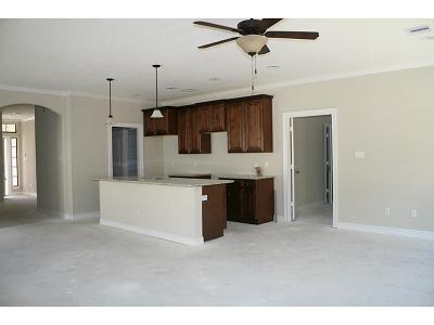 Cypress Condo/Townhouse For Sale: 12523 Ravensway Center Drive #313