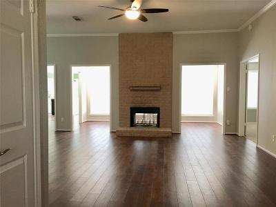 Pearland Single Family Home For Sale: 2831 S Peach Hollow Circle
